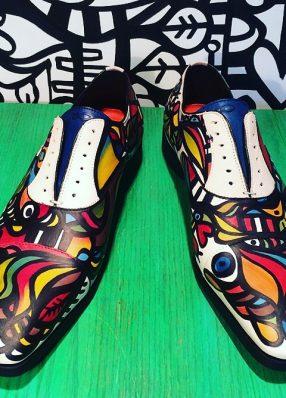 Hand beschilderde schoenen Razz